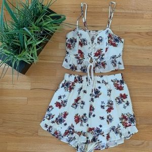 American Threads Floral Two Piece Set